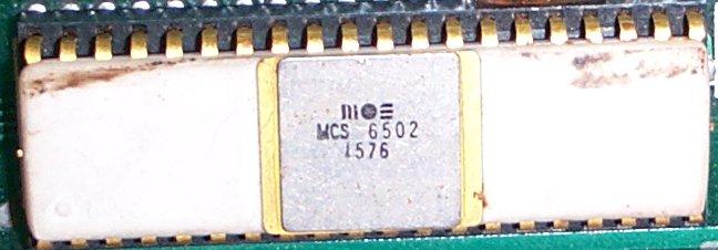 6502chip.jpg